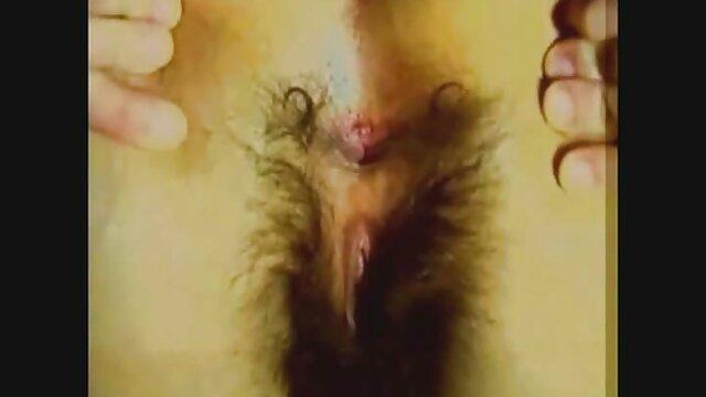 Orang itu, wanita dengan rambut seks panas berbulu menyenangkan