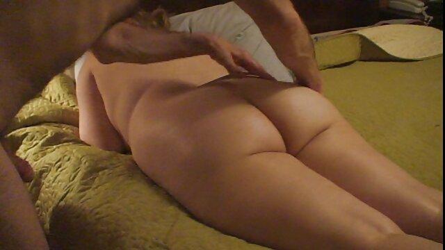 Julia ann suka sex yang panas menjilat