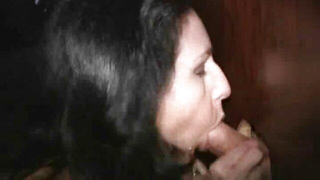 Baku girls blow guy hubungan sex yg hot bermain.