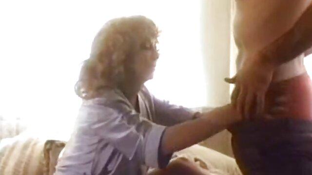 Gaya seks terpanas setiap lubang di kamar mandi metamorfosis Doggy