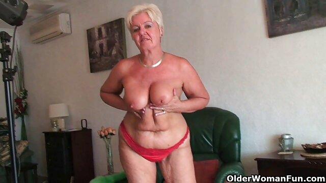 pacar intim seksi video Elena outdoor