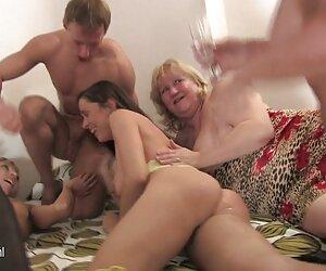 Saling pijat cara bercinta hot sex sambil terangsang.