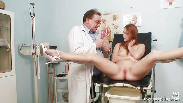 Antonia dan pacarnya mandi cara berhubungan intim yg hot emas.
