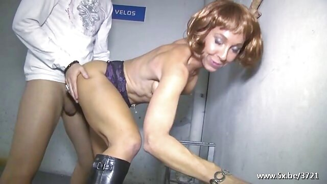 Ebony hot sex wanita hamil shit fat Rooster eat pussy