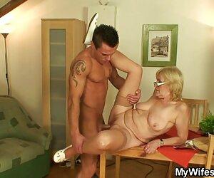 Perempuan bercinta hot sialan
