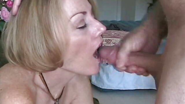 Shit is slim, blonde, and then pour on the face cara bersetubuh hot of sperma on the cast