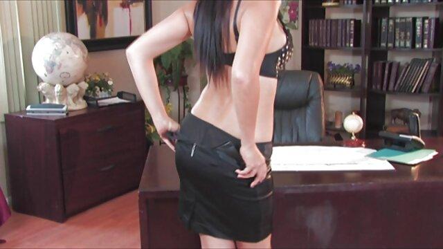 Luna ledakkan hubungan badan yg paling hot klien rumah sampai akhir pertemuan.