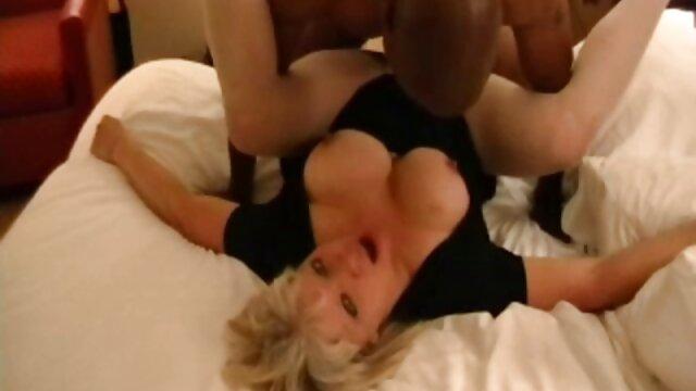 Kapten stockslot cara berhubungan intim yang hot type