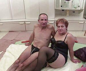 Para hubungan sex paling hot pecinta di balkon tanpa mengganggu